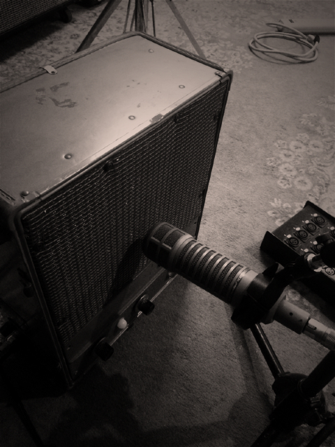 mic-amp-ToyCamera[1]
